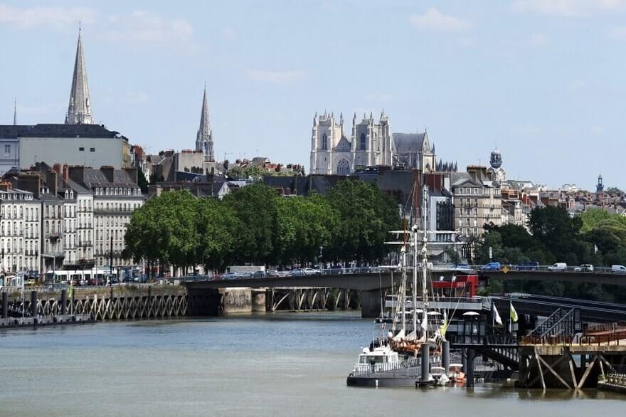 Dépôts vente à Nantes et associations
