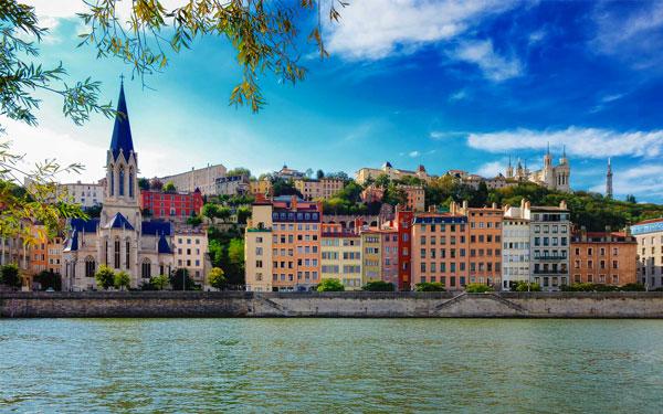 Association et dépôts vente à Lyon