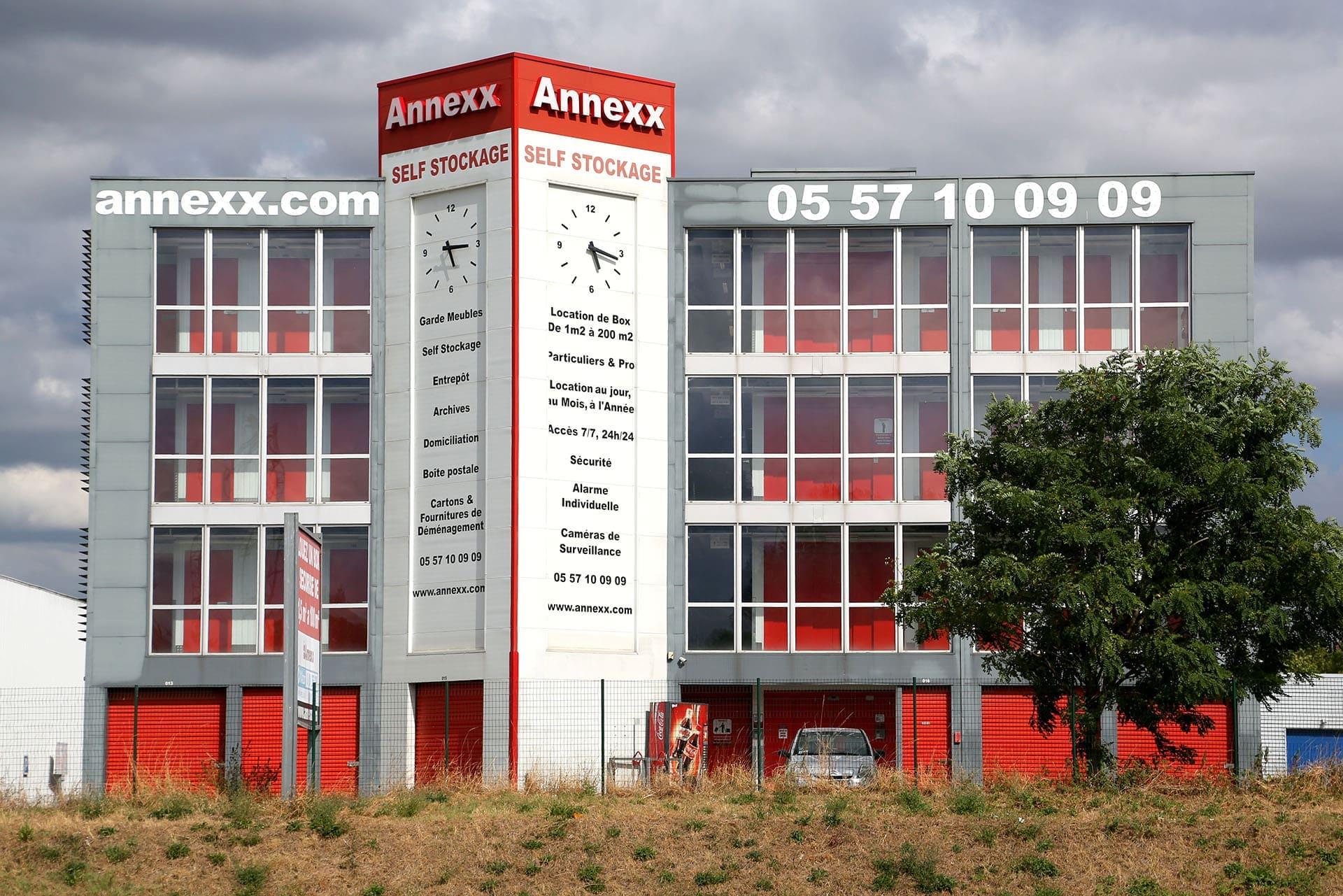 Location de box garde meuble lac annexx for Garde meuble bordeaux